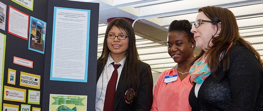 Jr. Apprentice Girls at Project